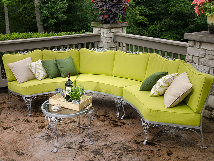 Exceptional Fully Re Done Curved Seating Set With New Cushions And Pillows