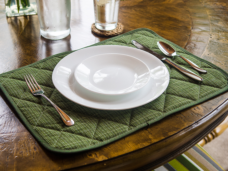 DIY Quilted Placemat--Video Instructions!