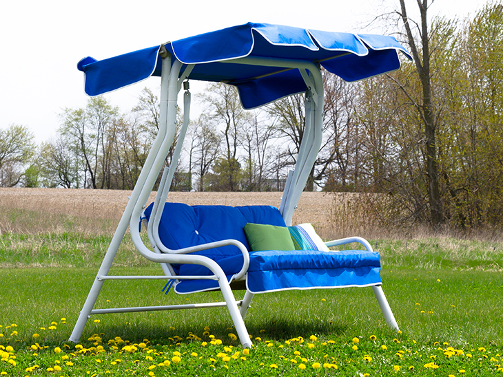 Sew a new canopy for your patio swing using fabrics and instructions from Sailrite.