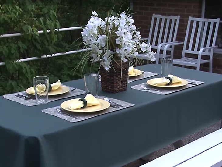 Learn How To Make An Outdoor Tablecloth For A Picnic Or Patio Table
