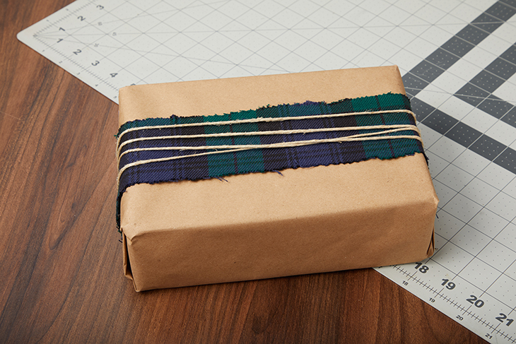 Scrap Busters: Wrap Christmas Gifts with Fabric - Sailrite