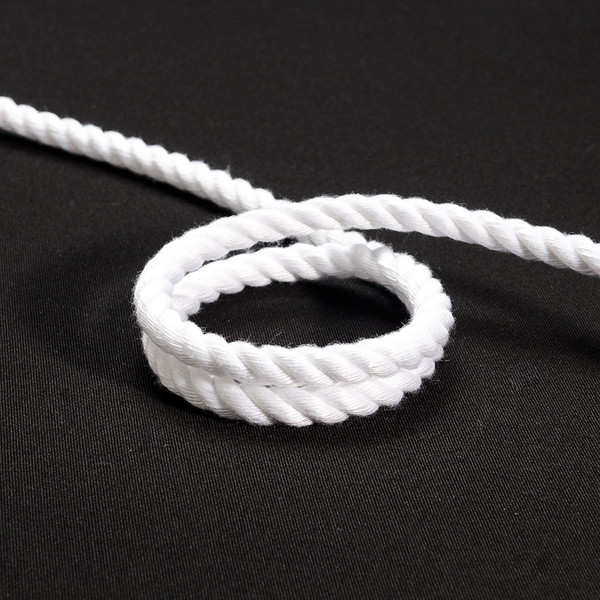 "New England Spun Classic 3-Strand Polyester Line 3/8"" 10mm White"