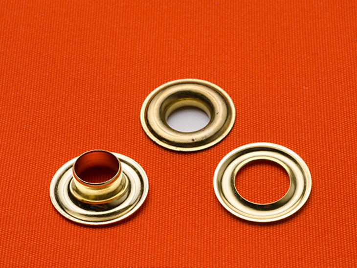 what s the difference between plain spur grommets sailrite